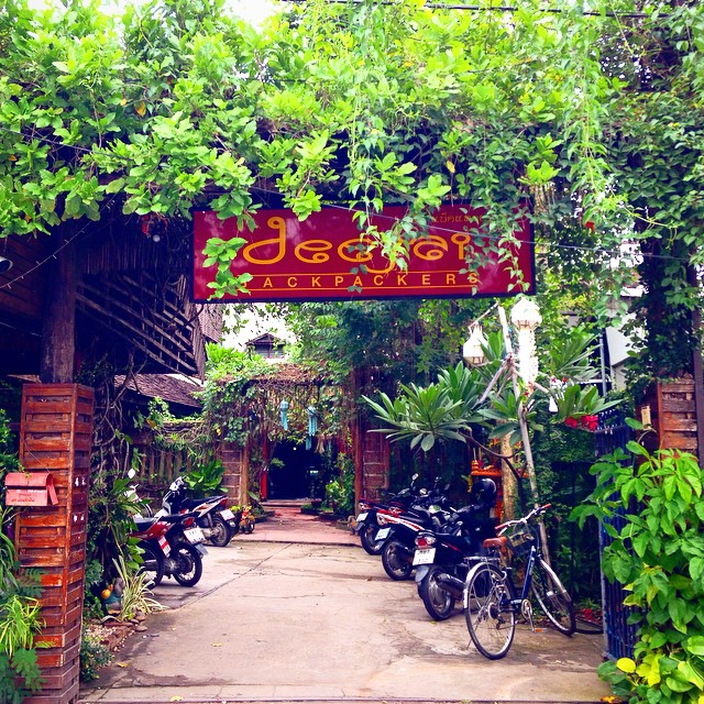 deejai backpackers chiang mai
