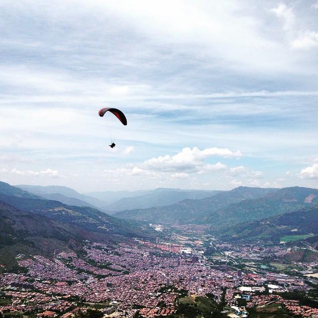 paragliding medellin luiz